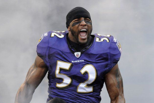 3 NFL Athletes You Wouldn't Expect To Do Yoga