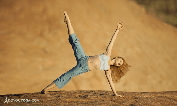 8 Ways Yoga Helps Us Smile Even When We're Down