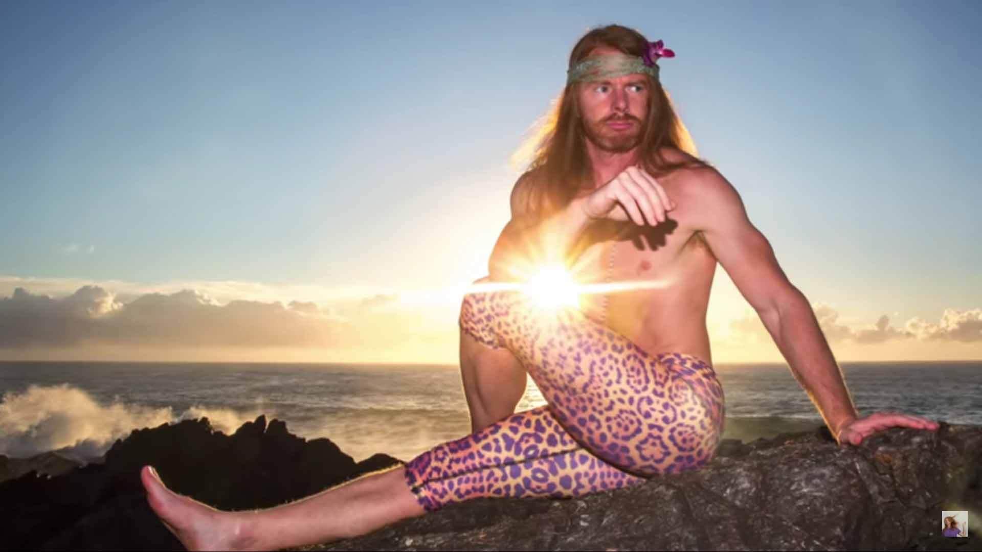 Hilarious Tips on How to Take Instagram Yoga Photos (VIDEO)