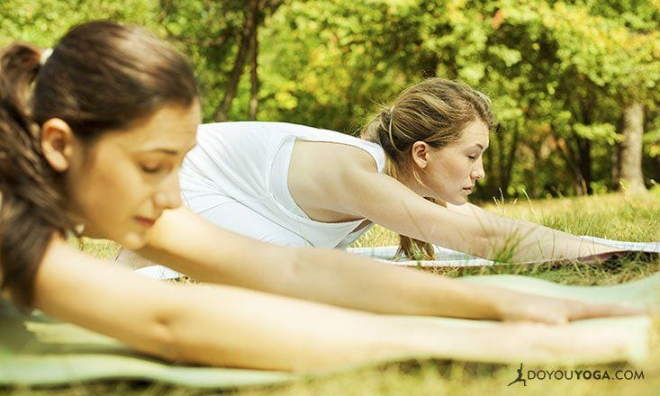 18 Thoughts You Have in Your First Morning Yoga Class
