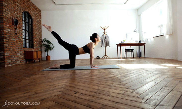 4 Reasons to Take Online Yoga Classes
