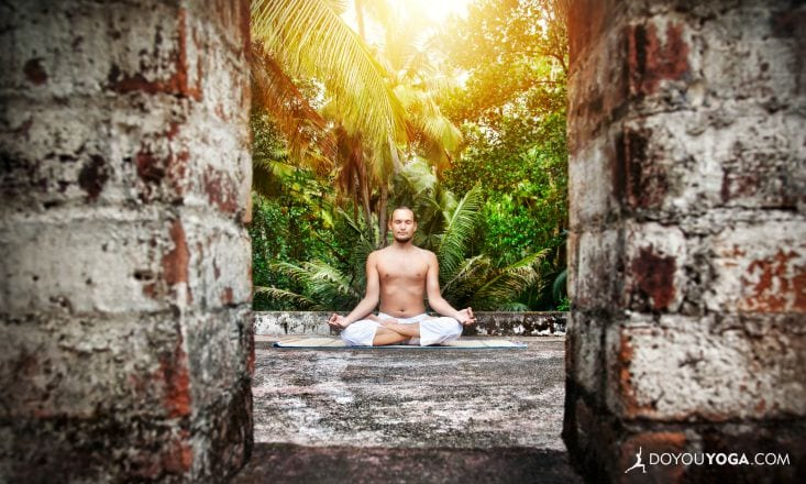 5 Reasons to Take Your Yoga Teacher Training Abroad