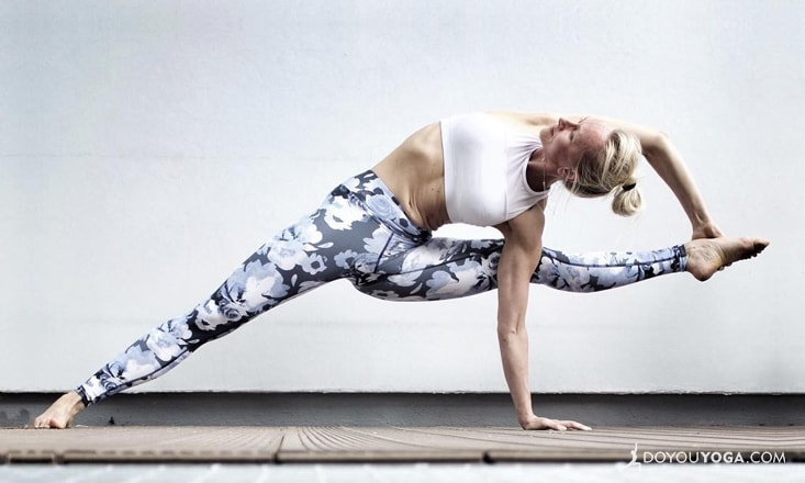 5 Yoga Poses to Prepare for Visvamitrasana