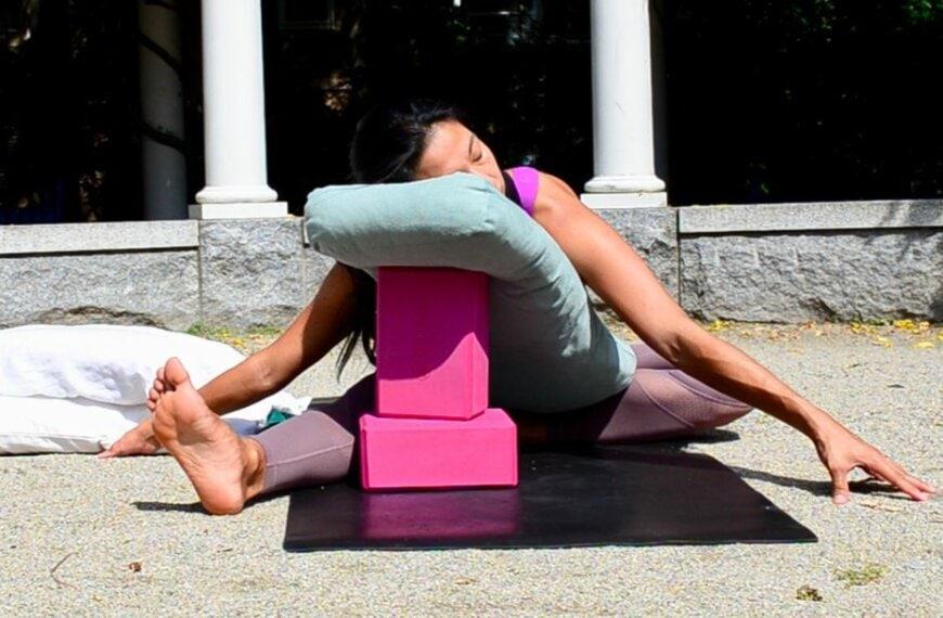 5 Restorative Yoga Poses to Balance Your Mood