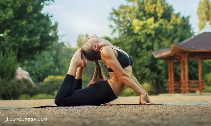 8 Ways Your Surroundings Can Make (or Break) Your Yoga Session