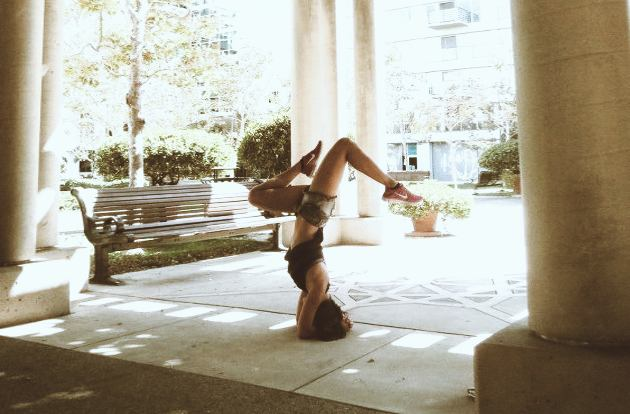 How To Do Forearm Headstand