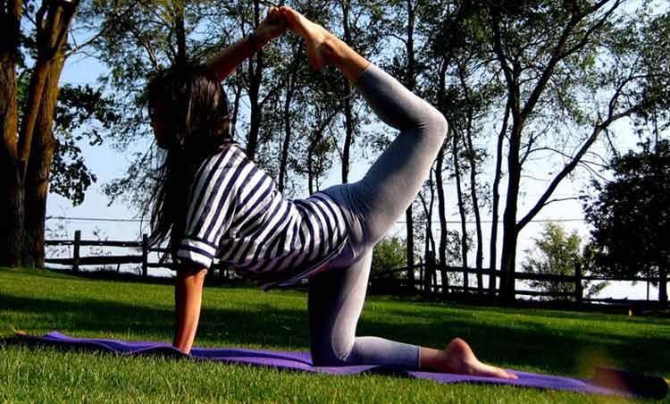 How To Do Big Toe Bow Pose (Variation)