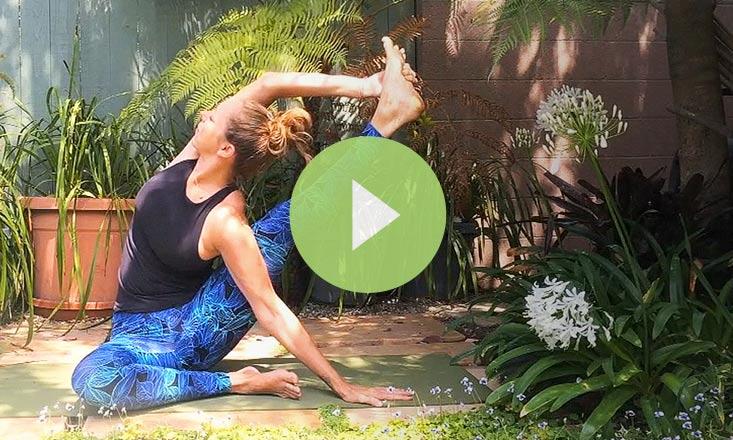 How to Do Sundial Pose (VIDEO)