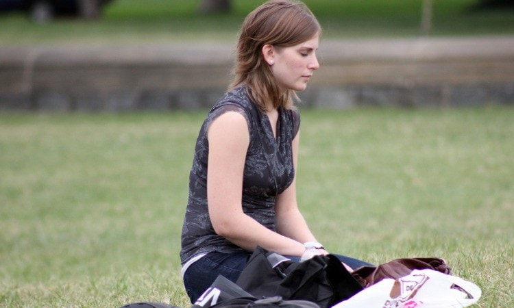 Meditation For Busy Bees: 3 Tips To Help You Practice In A Pinch