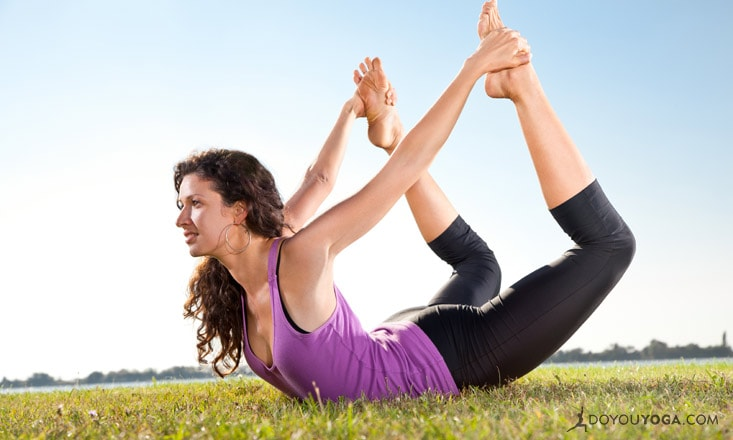 Why Familiarity in Your Yoga Practice Can Feel Surprisingly Fresh