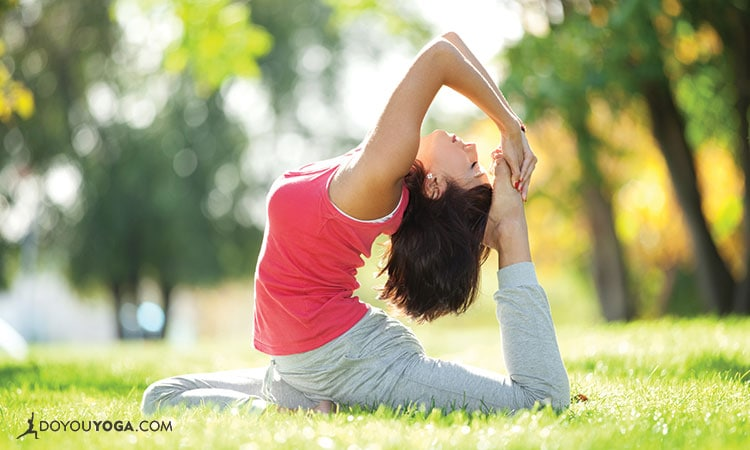 Why I Love Practicing Yoga without A Mirror
