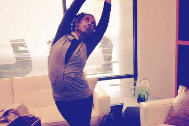 How To Yoga On The Go – 8 Yoga Poses For Travelers