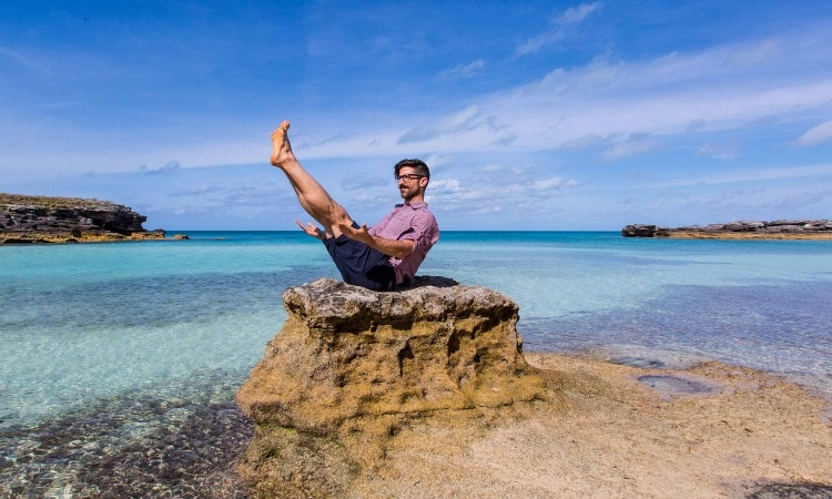 Yoga Pose 101: Navasana (Boat Pose)
