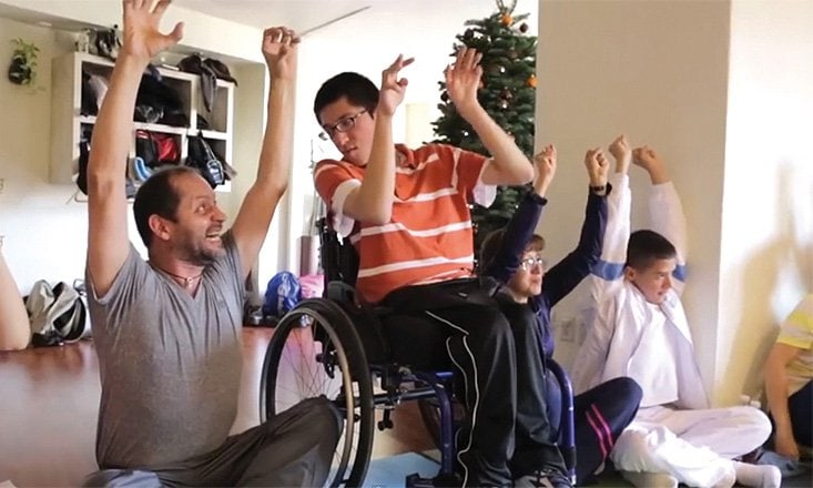 7 Tips For Teaching Yoga For Kids With Special Needs