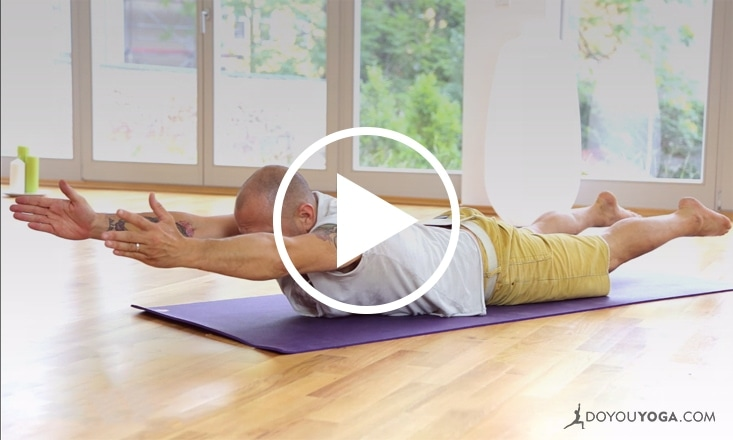 Yoga for a Strong Back and Abs With Raghunath (VIDEO)
