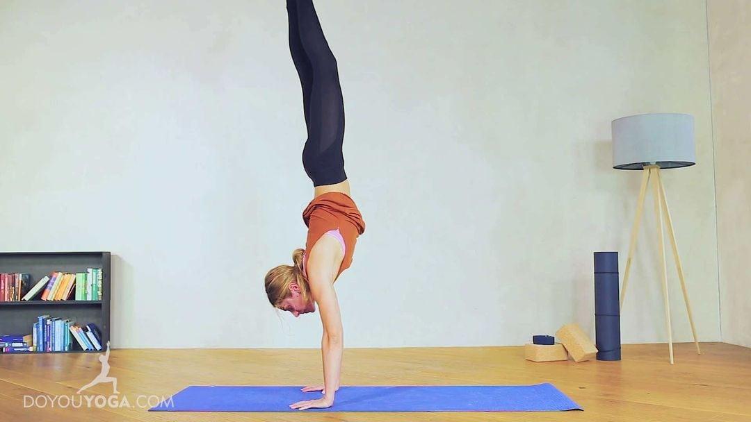 Handstand Pose / Adho Muka Vrksasana