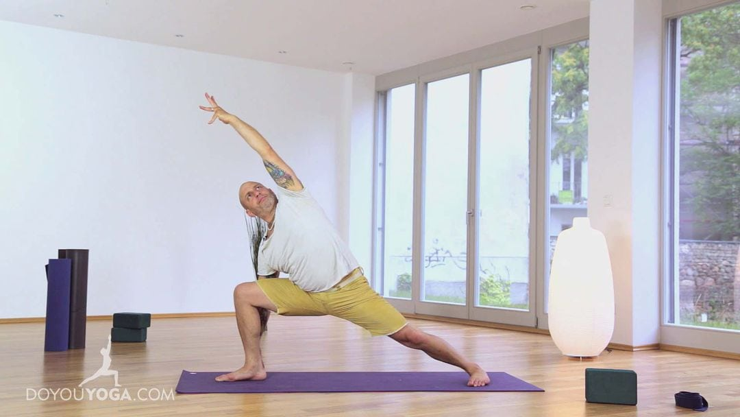 Awesome Yoga Wake Up Flow