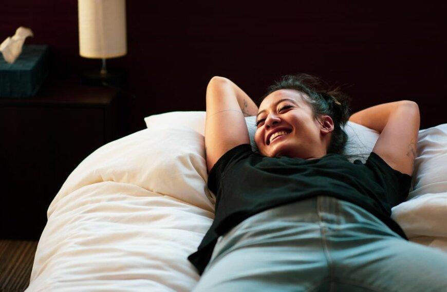Here's How Yoga Nidra Can Help You Sleep (Finally!)
