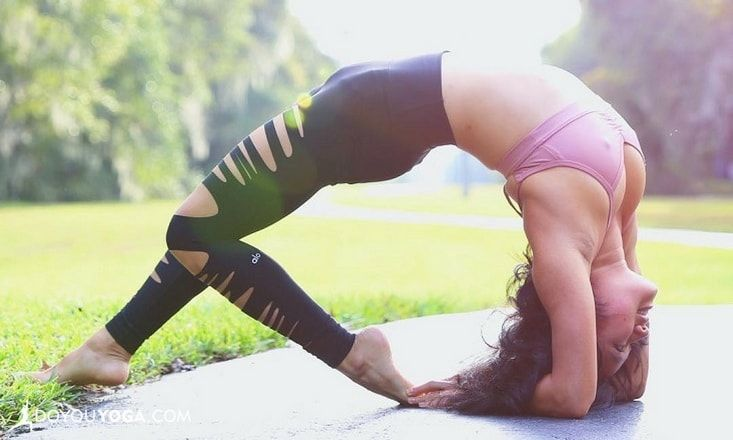 How to Safely Bend Deeper into Forearm Wheel Pose