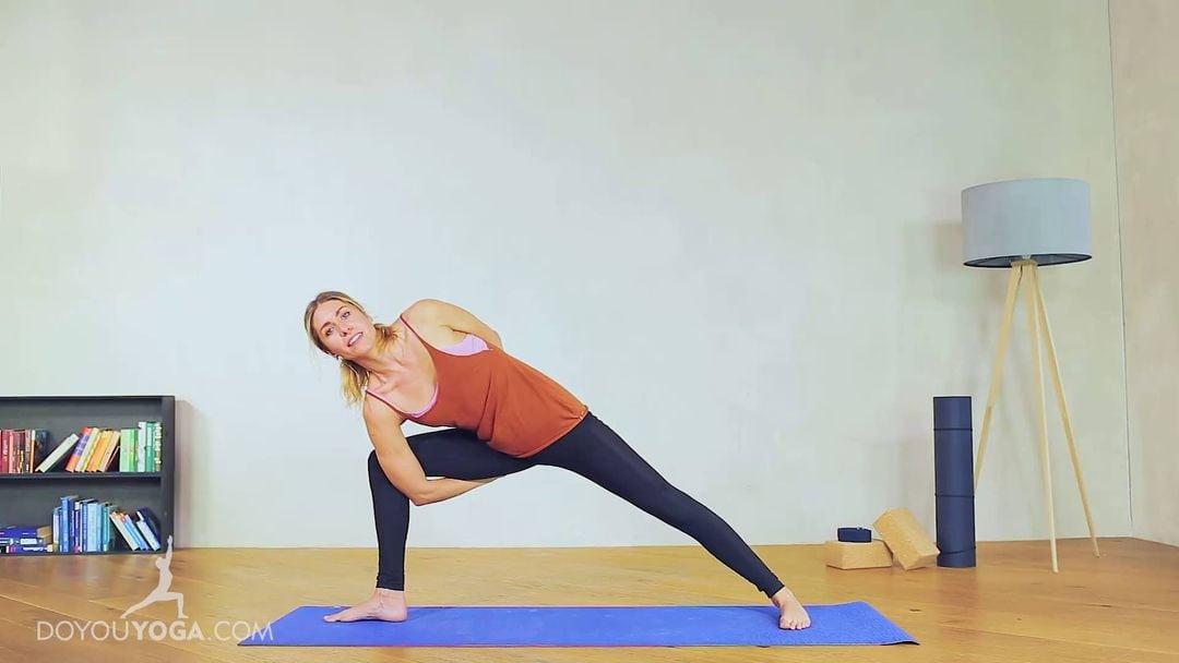 Bound Extended Side Angle Pose / Baddha Parsvakonasana
