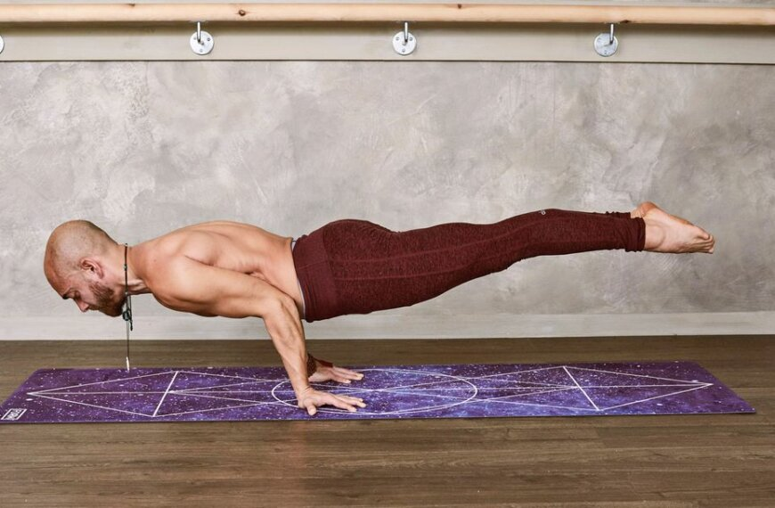 Super Simple 10 Minutes Ab Workout That's Guaranteed to Set Your Core on Fire