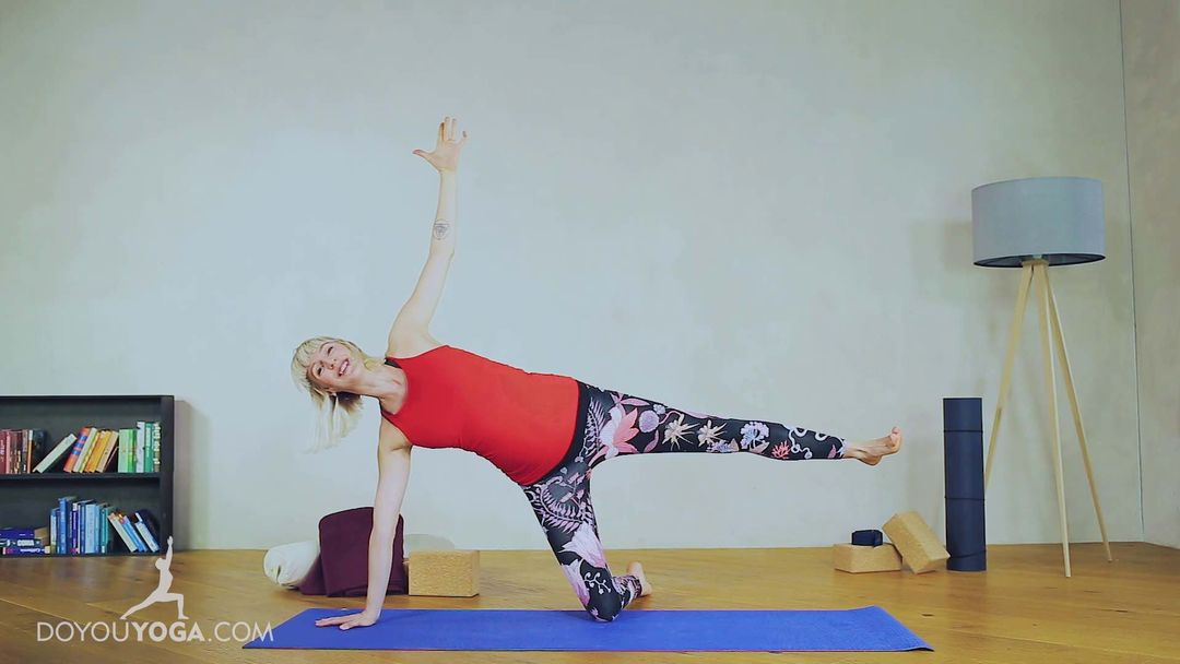 Prenatal Yoga for a Confident Mama