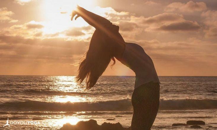 4 Gentle + Effective Yoga Poses to Help With Arthritis